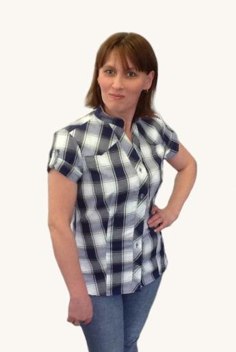 Блузка клетчатая